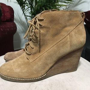 Lucky brand tan suede wedge bootie